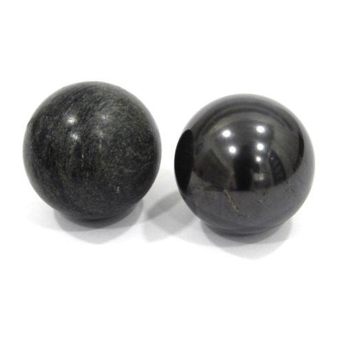 Kugeln aus Schungit und Talkchlorid poliert-0